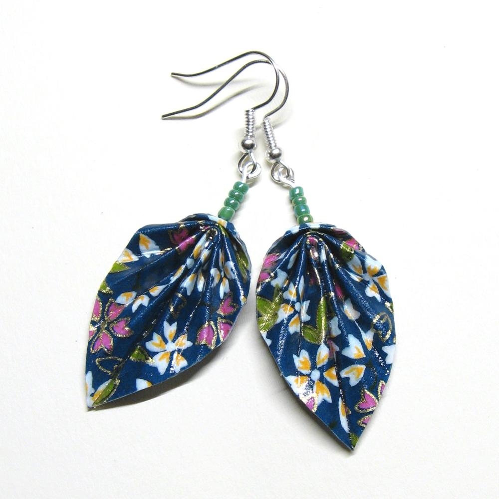 Modeschmuck Ohrringe - grüne Blätter